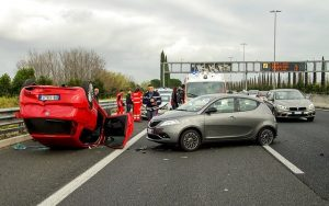 Should You Admit Fault in a Sideswipe Accident